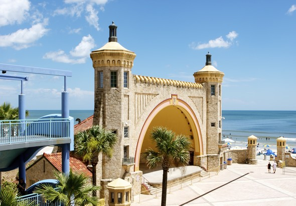 Daytona Beach Bandshell Sunny Florida, Financial Advisors